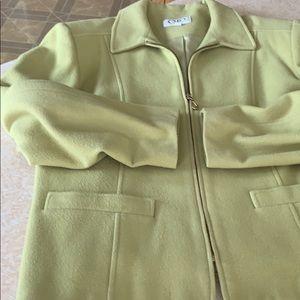 Ladies soft lime green blazer